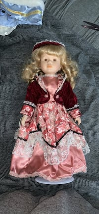 porcelain doll in red and white dress Baltimore, 21225