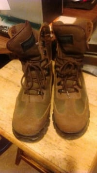 brown lace-up boots Ontario, N0K 1W0