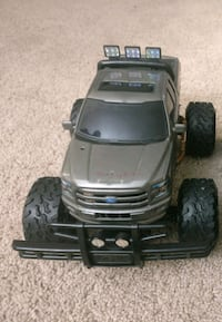 Electronic Toy truck with charger and battery