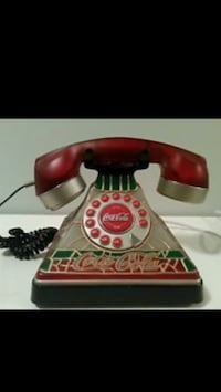 red and green Coca-Cola rotary dial phonie