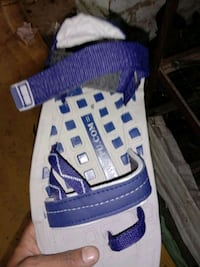 unpaired blue and white Adidas low top sneaker Pune, 411042