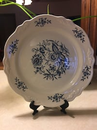 Vintage Plate-Imperial Blue Dresden Homer Laughlin Halethorpe, 21227