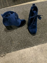 Blue lace boot. Size 7