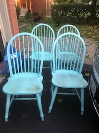 Awesome solid chairs  Whitby, L1M 1E6