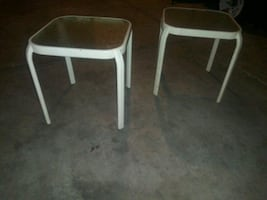 Outdoor tables ( 2 )
