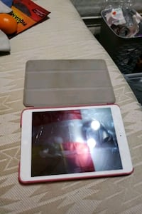 iPad mini 1 wifi and cellular Brampton, L6V 3K8