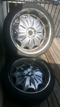 24 inch rims 6 lugs of Chevy truck Houston, 77042