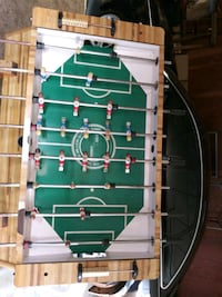Foosball table with extra New men, oringal