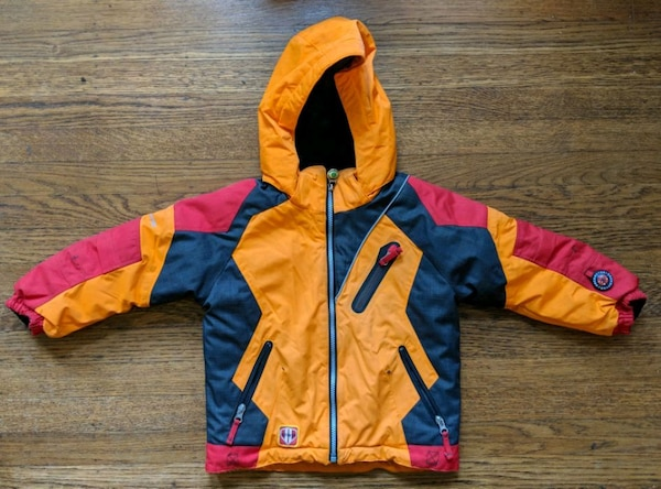 Used Kids obermeyer ski jackets size 4 and size 3 for sale in Alameda c2b636ef7