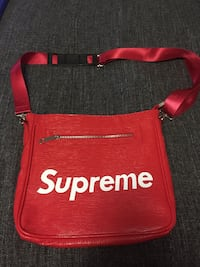 Brand NEW SUPEME Sidebag! TORONTO