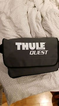 Thule roof rack with bag