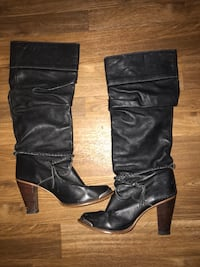 pair of black leather knee-high boots Coleman, 73432