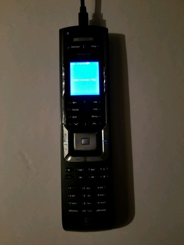 Logitech N231 remote control w/charging base crade 1
