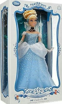 Disney store limited edition 17in Cinderella