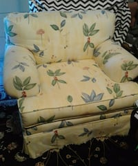 Oversize chair  Delco, 28436
