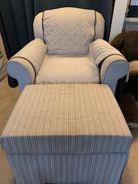 Blue checkered rocking chair, optional foot rest with storage