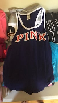 Victoria Secret pink size small Wheaton, 60189