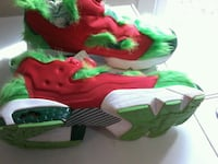 pair of red-and-green Nike basketball shoes Springfield, 22153