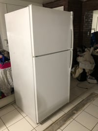 white top-mount refrigerator Woodbridge, 22191