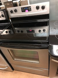 Whirlpool gray electric stove  Woodbridge, 22191
