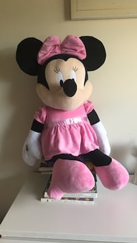 Minnie Mouse Red Lion, 17356
