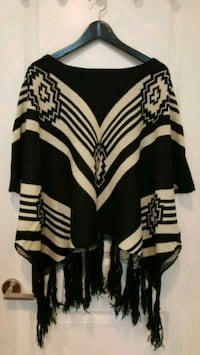 Black and white Women's poncho  Toronto