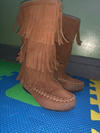 Brown Fringe boots Baltimore, 21222