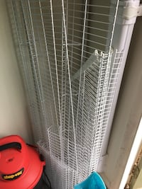 Rubbermaid wire shelves 22 km