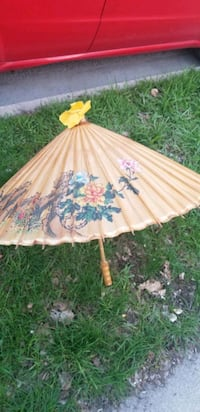 Old Chinese wooden umbrella  Brampton, L6R 1N7