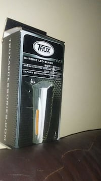Trux boot brush
