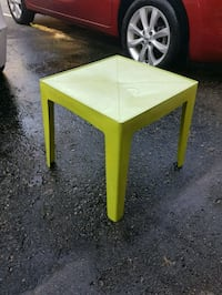 Green Outdoor Table Ajax, L1T 3N8