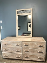 Off white dresser and matchinf mirror