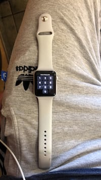 Apple Watch with white sports band (Negotiable) Glenarden, 20706