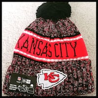 AUTHENTIC NFL FOOTBALL WINTER BEANIE HAT.  55 km