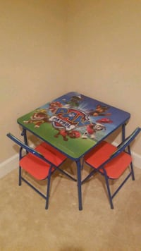 Paw Patrol kids table with two chairs Fairfax, 22030