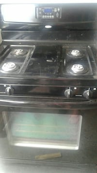 Blk whirlpool gas stove  Laurel, 20708