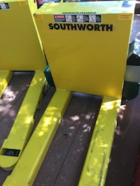 Southworth heavy duty two (2)idustrial warehouse pallet tilter. Over 4200$ new will sell for less. Can deliver within 300 miles Summerville, 30747