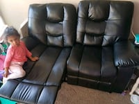 Leather reclining love seat and chair set Barrie, L4N 7P6