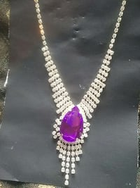 Rhinestone necklace  large  purple  center stone  Bothell, 98012