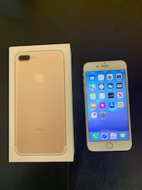 gold iPhone 7 plus with box Surrey, V3S 4H7