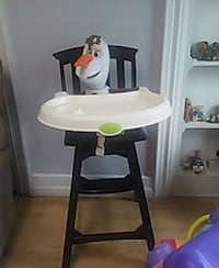 baby's white and black high chair Waynesboro, 17268