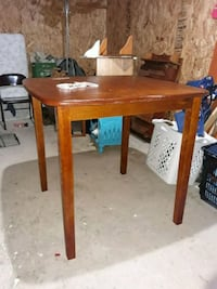 Wood Table Sioux Falls