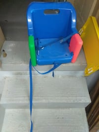 kids chair with tray