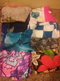 Assorted scarves  Chico, 95926