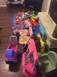 toddler's assorted plastic toys Oxford, 38655
