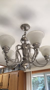 Chandelier Laval, H7G