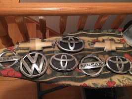 Car logo (car parts back and front) send any offers