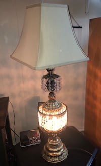 Antique Hollywood Regency Crystal Lamp  Edmonton, T5G