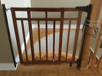Babies R Us Gate with Dual Bannister kit