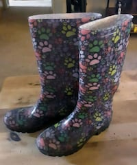 Rubber womens boots. Size 9 Dalzell, 29040